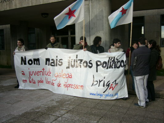 Protesto contra julgamentos à juventude